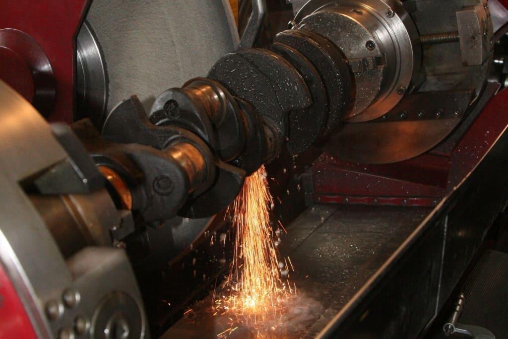 Ремонт коленчатого вала (коленвала) двигателя Пежо в Екатеринбурге